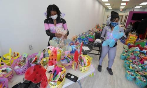 easter baskets ideas for adults